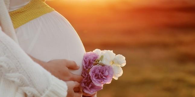 Tüp bebekte embriyo transferinden sonra gebelik ne zaman belli olur? Doç.Dr.Turgut Aydın