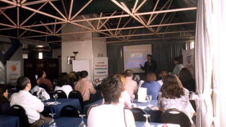 03 Mayıs 2003 İzmir İrenbe Tüp Bebek Merkezi İle Verimli ve Samimi Bir Toplantı