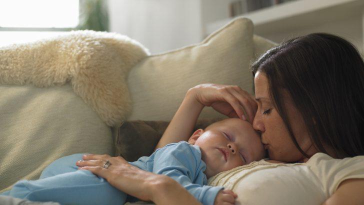 Keşke  Boşa Ağladığım Geceler Yerine Bebek Bakan Gecelerim Olsaydı