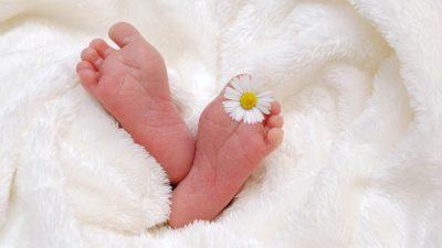 Tüp bebek hamile soruları; gögüs sıkışması, tansiyon düşmesi, ikili test, saç boyama, sezeryan mi normal mi?