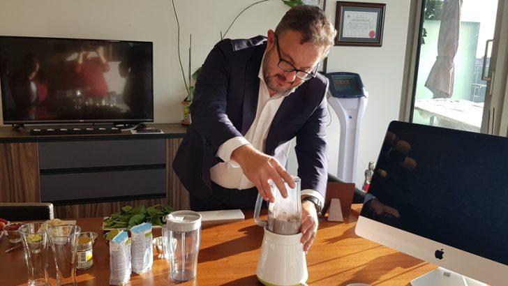 Kadında yumurta kalitesini artırmak için smootie tarifi. Dr.Murat Berksoy